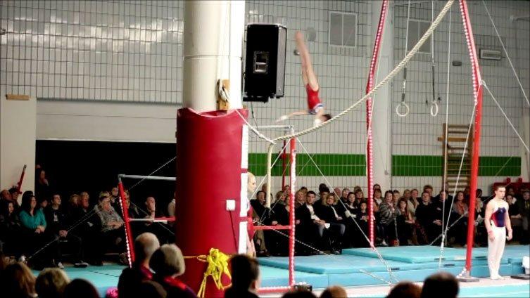 Gymnast dismount