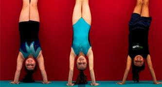 girls handstands